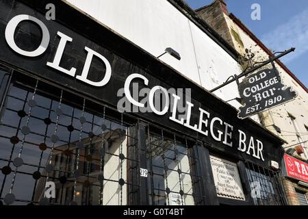The Old College Bar on High Street, Glasgow, Scotland, UK - Stock Photo