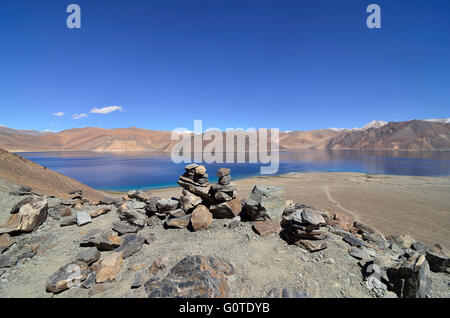 Pangong Tso, a high altitude lake at 14,270 feet, in Ladakh, Jammu and Kashmir, India - Stock Photo
