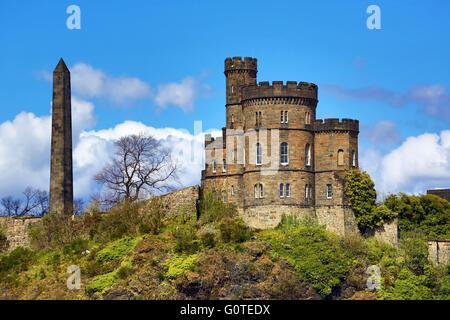 Hamilton's Obelisk and Governor's House on Calton Hill in Edinburgh, Scotland, United Kingdom - Stock Photo