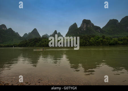 Limestone mountain scenery on the Li River at Xingping, Guangxi Autonomous Region, China - Stock Photo