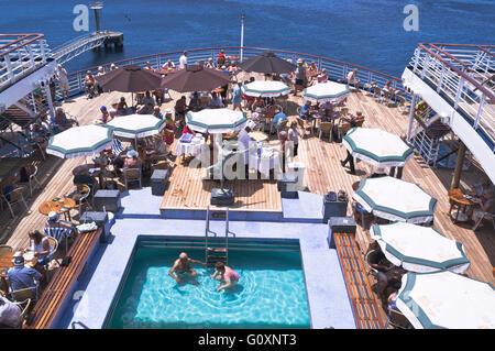 dh CMV Marco Polo cruise ship CRUISING TRAVEL Deck passengers swimming pool buffet on board - Stock Photo
