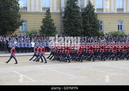 Sofia, Bulgaria. 6th May, 2016. Soldiers march during a military parade in Sofia, capital of Bulgaria, on May 6, - Stock Photo