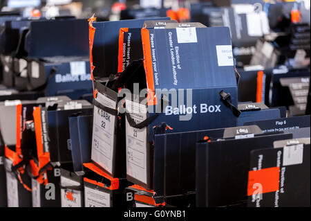 London, UK.  6 May 2016.  Ballot boxes awaiting collection.  Votes for the London Mayoral elections and London Assembly - Stock Photo
