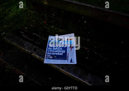 London,UK. 6th May 2016. Final edition of The New Day newspaper.© claire doherty/Alamy Live - Stock Photo