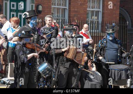Boggart's Breakfeast Dancing Group Band Stockport Folk Festival  2015 Stockport Cheshire England - Stock Photo