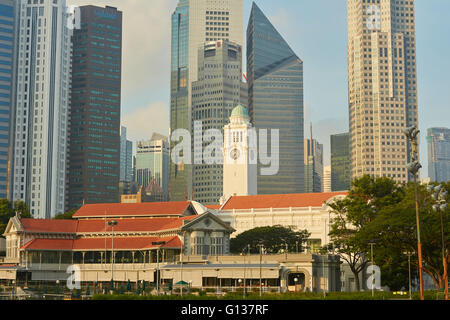 Singapore Cricket Club, Victoria Theatre And The Central Business District Cityscape Behind. - Stock Photo