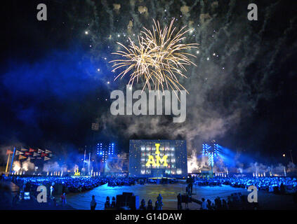 Orlando, Florida, United States. 8th May, 2016. Fireworks explode during the finale of the opening ceremony of the - Stock Photo