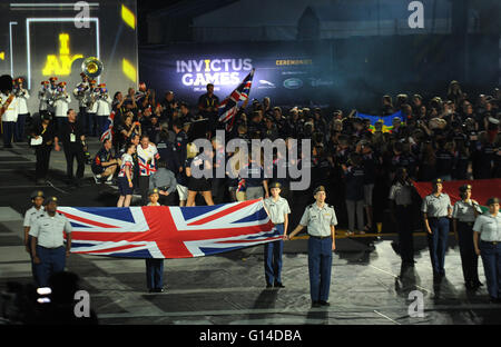 Orlando, Florida, United States. 8th May, 2016. The flag of the United Kingdom is carried as competitors participate - Stock Photo