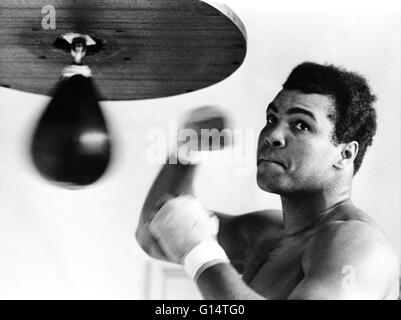 Muhammad Ali (January 17, 1942) is an American former professional boxer, philanthropist and social activist. Originally - Stock Photo