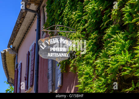 Village de Cucuron Vaucluse Provence France 84 - Stock Photo