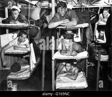 Navy Ship Bunk Beds Stock Photo 24143212 Alamy