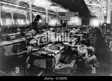 Entitled: Artillery vehicles - Camouflaging Department, American Car & Foundry Company, Detroit, Michigan. Showing - Stock Photo
