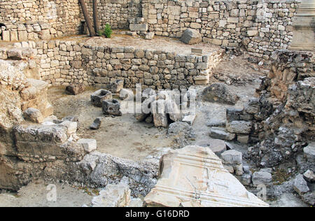 Excavated archeological ruins of the Pool of Bethesda and Byzantine Church.  Located in the Muslim Quarter in Old - Stock Photo