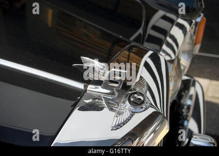 Radiator badge and flying B on classic Bentley car - Stock Photo