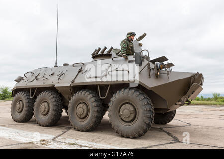 Sofia, Bulgaria - May 4, 2016: Soldiers from the Bulgarian army are preparing for a parade for Army's day in an - Stock Photo
