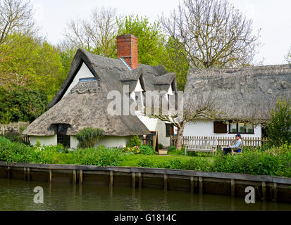 Thatched cottage at Flatford, Suffolk, England UK - Stock Photo