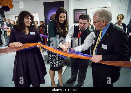 London, UK. 10th May, 2016. Luciana Berger MP Shadow Cabinet Minister for mental health officially opens Studio - Stock Photo