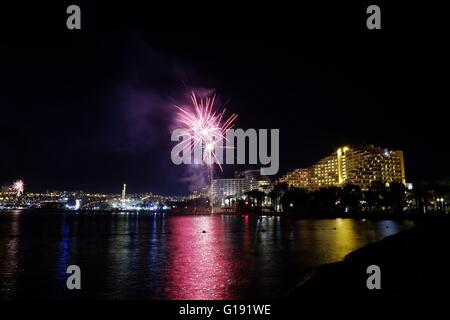 Eilat - Israel, 11th May 2016. Festive fireworks on the eve of 68th Independence day of Israel in the resort city - Stock Photo