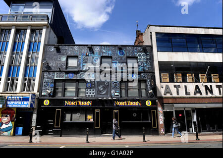 Oldham Street, Northern Quarter, Manchester, Tuesday May 10, 2016. - Stock Photo