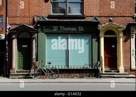 Thomas Street, Northern Quarter, Manchester, Tuesday May 10, 2016. - Stock Photo