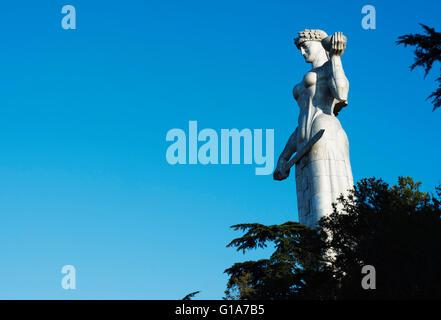 Eurasia, Caucasus, Georgia, Tbilisi, Mother Kartli, Mother Georgia statue (1950) sculptor Elguja Amashukeli - Stock Photo