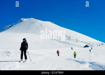 Eurasia, Caucasus region, Georgia, skiers at Gudauri ski resort - Stock Photo