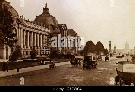 Photographic print of Palais des Beaux-Arts de Lille, one of the largest museums in France. Dated 19th Century - Stock Photo