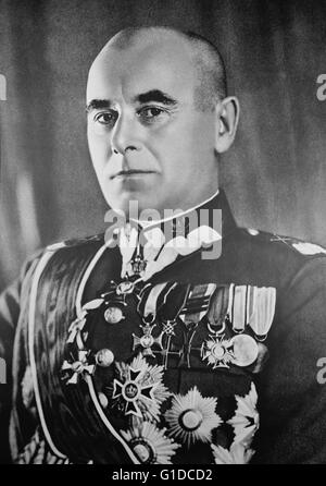 Photographic portrait of Edward Rydz-Smigly (1886-1941) a Polish politician, statesman, Marshal of Poland, Commander - Stock Photo