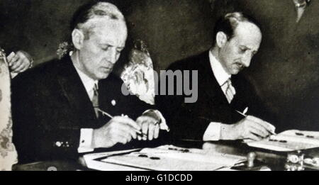 Photographic print showing Joachim von Ribbentrop (1893-1946) Foreign Minister of Nazi Germany, and Georges Bonnet - Stock Photo