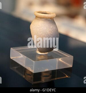 Fragment of an anhydrite vessel from the Middle Kingdom, Buhen. Dated 1900 BC - Stock Photo