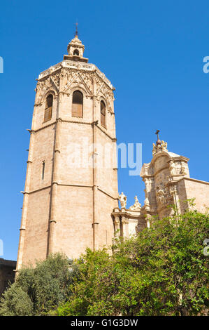 Architectural detail of the gothic bell tower El Miguelete of Saint Mary Cathedral in Valencia - Stock Photo