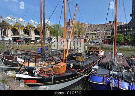 Oudehaven (Old Harbour) Rotterdam Netherlands( background Cube Houses ( Kubuswoningen ) 1970 architect Piet Blom - Stock Photo