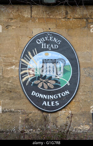 The Queen's Head Inn and Pub Sign; Stow on the Wold; England; UK - Stock Photo