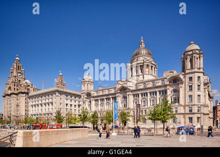 The 'Three Graces', historic buildings which dominate the Liverpool waterfront at Pier Head. They are the Royal - Stock Photo