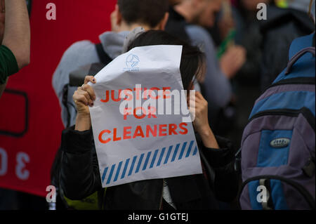 London, England, UK. 14th, May, 2016. Activists gather outside Topshop on Oxford Street toprotest against cleaners - Stock Photo