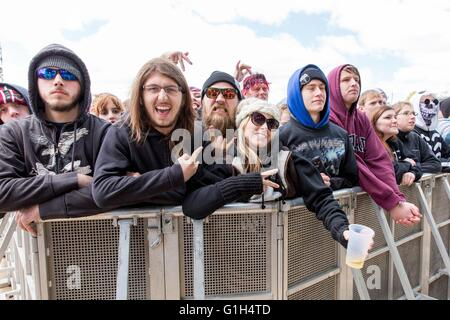 Somerset, Wisconsin, USA. 14th May, 2016. Fans enjoy rapper Yealawolf at Somerset Amphitheater during the Northern - Stock Photo