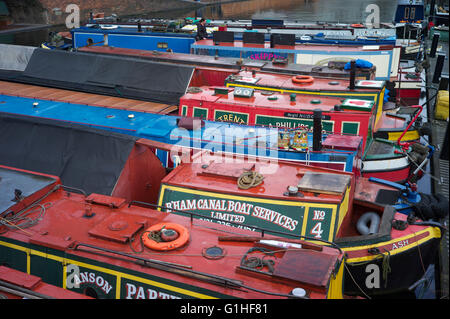 Canal boats or narrow boats in Gas Street Basin, Birmingham - Stock Photo