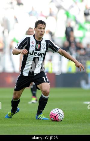 Turin, Italy. 14th May, 2016. Hernanes (Juventus) Football/Soccer : Italian 'Serie A' match between Juventus 5-0 - Stock Photo