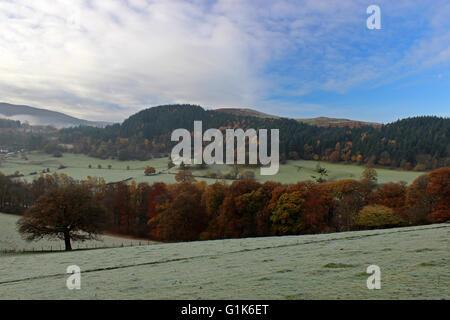 Morning mist and frosts in the vale of Llangollen near Llantysilio - Stock Photo