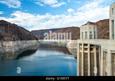Lake Mead and water intake towers on the Arizona side of the Hoover Dam.  Low water levels. - Stock Photo