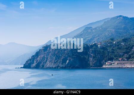 Corniglia, La Spezia, Liguria, Italy.  Corniglia is one of the five villages of the Cinque Terre, or Five Lands. - Stock Photo
