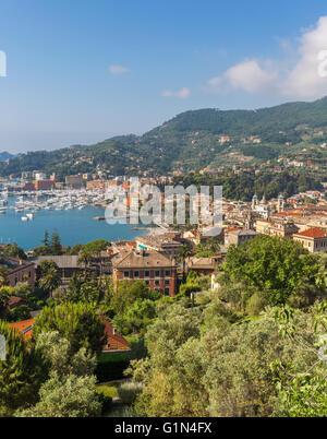 Santa Margherita Ligure, Genoa Province, Liguria, Italy. Overall view of town and bay. - Stock Photo