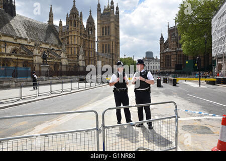Westminster, London, UK. 17th May 2016. State Opening of Parliament. Security preparations and road closures around - Stock Photo