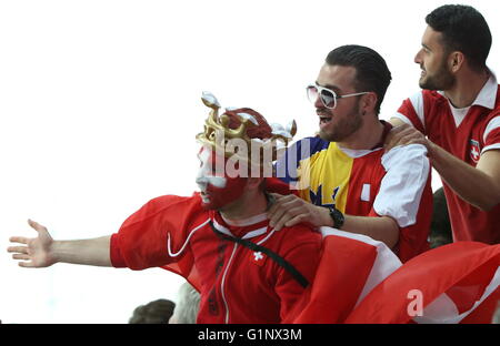 Moscow, Russia. 17th May, 2016. Swiss fans cheer during the 2016 IIHF World Championship Preliminary Round Group - Stock Photo