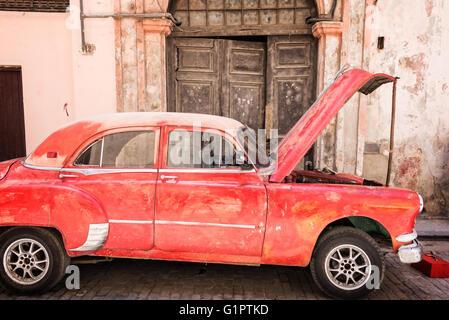 Vintage classic american car, Havana, Cuba - Stock Photo