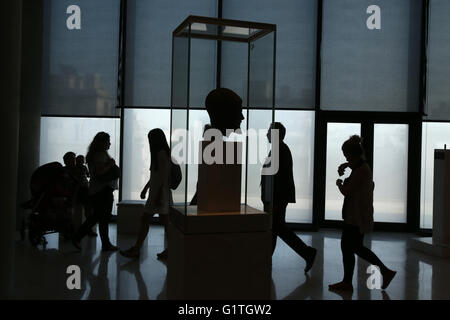 Athens, Greece. 18th May, 2016. Visitors at the Athens Acropolis museum. The worldwide community of museums celebrate - Stock Photo