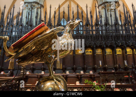 Eagle Lectern in Lincoln Cathedral  Stalls St Hugh's Choir, Lincoln, Lincolnshire, England, UK - Stock Photo