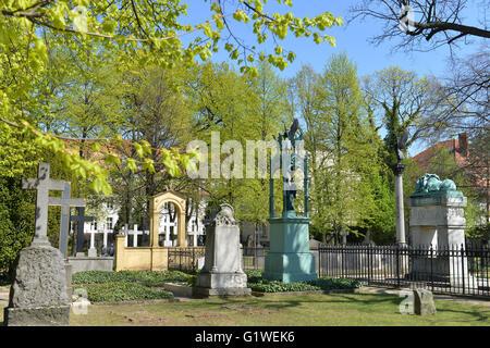Invalidenfriedhof, Scharnhorststrasse, Mitte, Berlin, Deutschland - Stock Photo