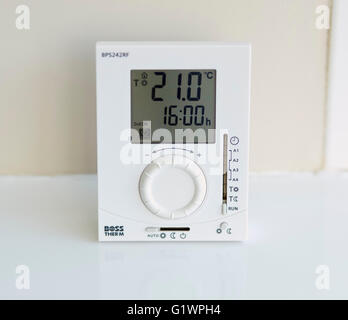 Heating thermostat control panel - Stock Photo