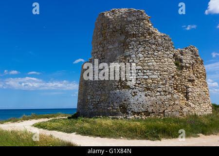 Salento, Torre Chianca: coastal tower crumbling - Stock Photo